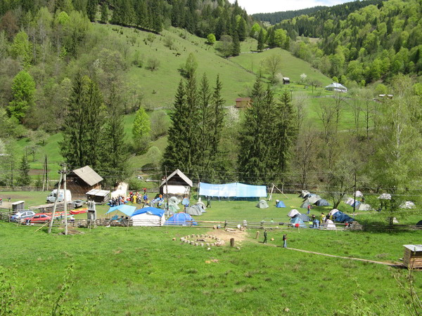 rafting camp on the Cheremosh