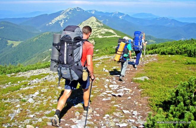Как организовать поход в горы летом?