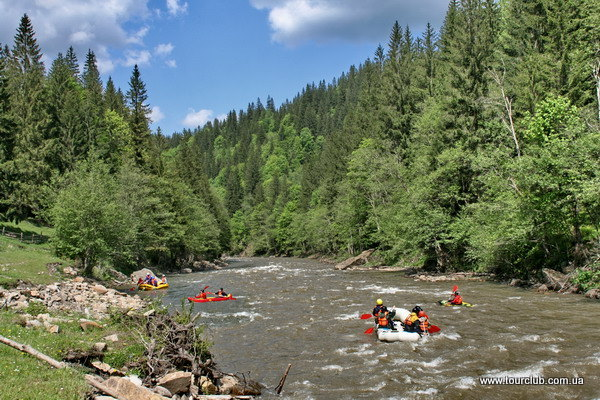 rafting on the Cheremosh in the Carpathians
