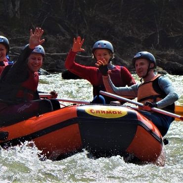 Rafting on the Cheremosh River: Carpathian rodeo